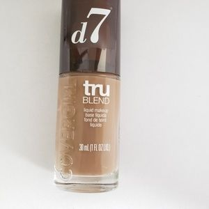 Covergirl tru blend liquid foundation D7 SoftSable